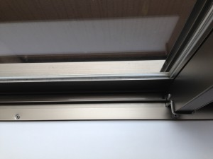 ガラスサッシのハウスクリーニングを川崎市幸区矢上にて【清掃事例6】