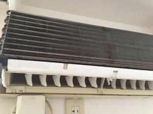 エアコンのハウスクリーニングを川崎市中原区下沼部にて【清掃事例21】