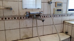お風呂(浴室)のハウスクリーニングを川崎市多摩区生田にて【清掃事例38】