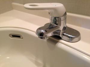お風呂(浴室)のハウスクリーニングを東京都江東区有明にて【清掃事例46】