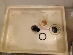 洗面所のハウスクリーニングを川崎市中原区中丸子にて【清掃事例51】