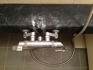 お風呂(浴室)のハウスクリーニングを横浜市港北区新羽町にて【清掃事例52】
