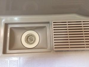 お風呂(浴室)のハウスクリーニングを横浜市鶴見区生麦にて【清掃事例112】