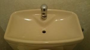 トイレのハウスクリーニングを横浜市西区境之谷にて【清掃事例96】