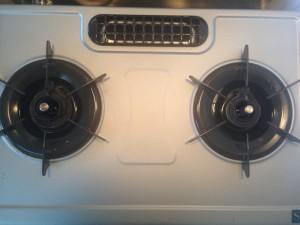 キッチンのハウスクリーニングを横浜市港南区大久保にて【清掃事例81】