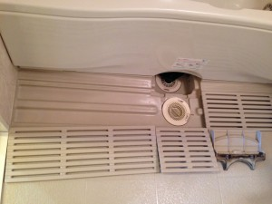 お風呂(浴室)のハウスクリーニングを川崎市川崎区藤崎にて【清掃事例85】