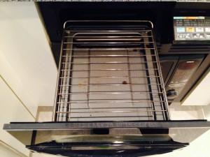 キッチンのハウスクリーニングを横浜市西区西八朔町にて【清掃事例145】