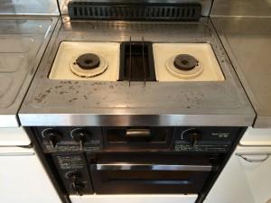 キッチンのハウスクリーニングを横浜市旭区西川島町にて【清掃事例130】