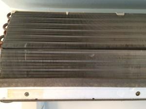 エアコンのハウスクリーニングを横浜市神奈川区西寺尾にて【清掃事例158】