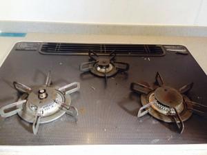 キッチンのハウスクリーニングを横浜市緑区西八朔町にて【清掃事例145】