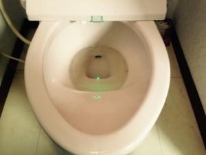 トイレのハウスクリーニングを横浜市港北区高田東にて【清掃事例206】
