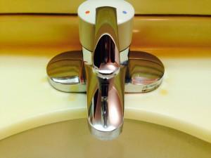 洗面所のハウスクリーニングを横浜市都筑区川向町にて【清掃事例214】