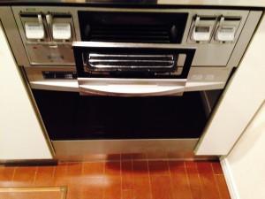 キッチン(グリル)のハウスクリーニングを川崎市高津区久地にて【清掃事例212】