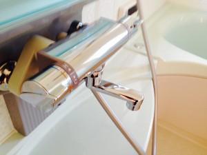 お風呂(浴室)のハウスクリーニングを川崎市宮前区神木にて【清掃事例207】