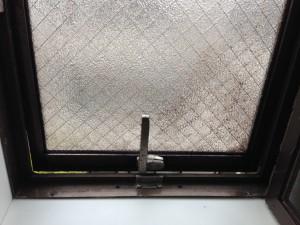 ガラスサッシのハウスクリーニングを横浜市都筑区茅ヶ崎南にて【清掃事例184】