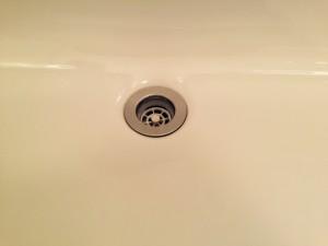 洗面所のハウスクリーニングを横浜市鶴見区鶴見中央にて【清掃事例223】