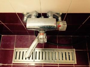 お風呂(浴室)のハウスクリーニングを横浜市戸塚区上品濃にて【清掃事例261】