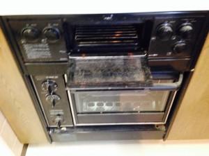 キッチンのハウスクリーニングを川崎市中原区今井西町にて【清掃事例242】