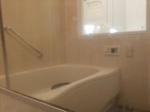 お風呂(浴室)のハウスクリーニングを川崎市川崎区砂子にて【清掃事例252】