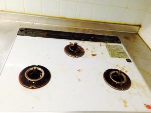 キッチンのハウスクリーニングを横浜市港北区小机町にて【清掃事例226】