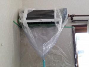 エアコンのハウスクリーニングを横浜市西区平沼にて【清掃事例266】