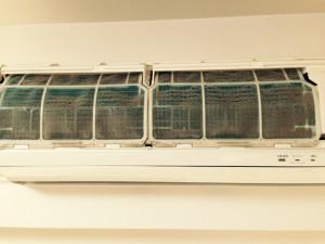 エアコンのハウスクリーニングを横浜市神奈川区大野町にて【清掃事例271】
