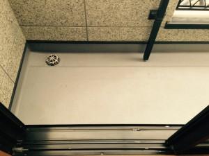 バルコニーのハウスクリーニングを川崎市麻生区早野にて【清掃事例288】