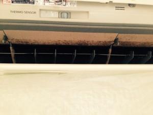 エアコンのハウスクリーニングを川崎市宮前区鷺沼にて【清掃事例313】