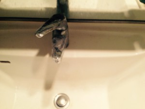 洗面所のハウスクリーニングを川崎市麻生区下麻生にて【清掃事例306】