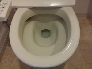 トイレのハウスクリーニングを川崎市川崎区東扇島にて【清掃事例340】