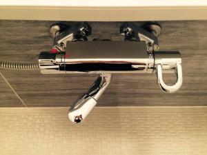 お風呂(浴室)のハウスクリーニングを横浜市青葉区鉄町にて【清掃事例356】