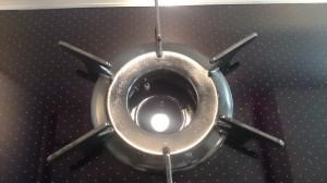 キッチン(五徳)のハウスクリーニングを川崎市川崎区大川町にて【清掃事例401】