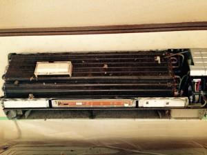 エアコンのハウスクリーニングを川崎市宮前区有馬にて【清掃事例400】