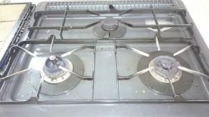 キッチン(五徳)のハウスクリーニングを川崎市宮前区犬蔵にて【清掃事例425】