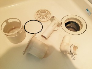 洗面所のハウスクリーニングを川崎市多摩区布田にて【清掃事例429】