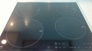 キッチンのハウスクリーニングを川崎市中原区田尻町にて【清掃事例421】