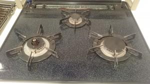 キッチン(五徳)のハウスクリーニングを川崎市川崎区小田にて【清掃事例461】