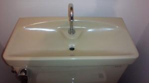 トイレのハウスクリーニングを川崎市宮前区初山にて【清掃事例512】