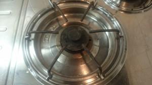 キッチン(五徳)のハウスクリーニングを川崎市宮前区五所塚にて【清掃事例546】