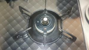 キッチン(五徳)のハウスクリーニングを川崎市宮前区南平台にて【清掃事例555】