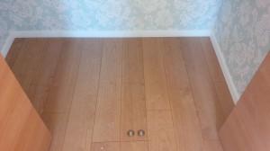 フローリング(床)のハウスクリーニングを川崎市幸区古川町にて【清掃事例569】