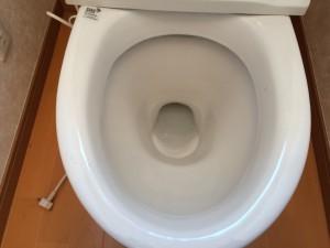 トイレのハウスクリーニングを川崎市麻生区栗平にて【清掃事例586】