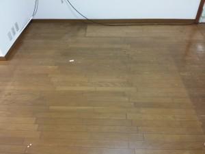 フローリング清掃のハウスクリーニングを川崎市中原区市ノ坪にて【清掃事例639】