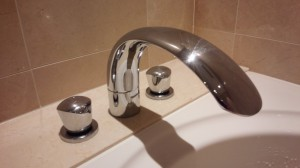 お風呂(浴室)のハウスクリーニングを川崎市麻生区王禅寺東にて【清掃事例662】