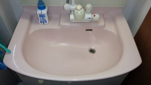 洗面所のハウスクリーニングを川崎市中原区新丸子東にて【清掃事例762】