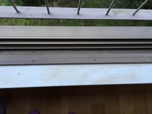 ガラスサッシのハウスクリーニングを川崎市中原区木月伊勢町にて【清掃事例776】