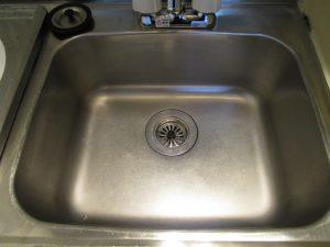 キッチン(シンク)のハウスクリーニングを川崎市川崎区砂子にて【清掃事例862】