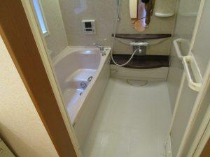 お風呂(浴室)のハウスクリーニングを川崎市宮前区宮前平にて【清掃事例890】