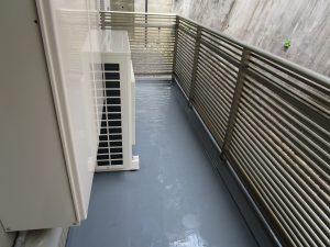 バルコニーのハウスクリーニングを川崎市川崎区小田にて【清掃事例864】