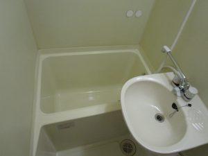 お風呂(浴室)のハウスクリーニングを川崎市宮前区宮崎にて【清掃事例870】